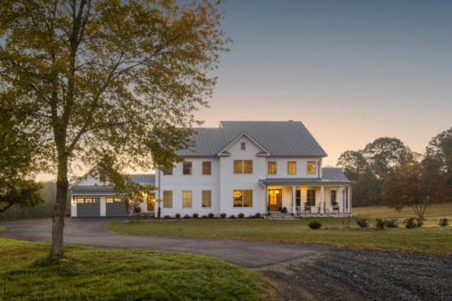 Mid-Century Farmhouse -front elevation